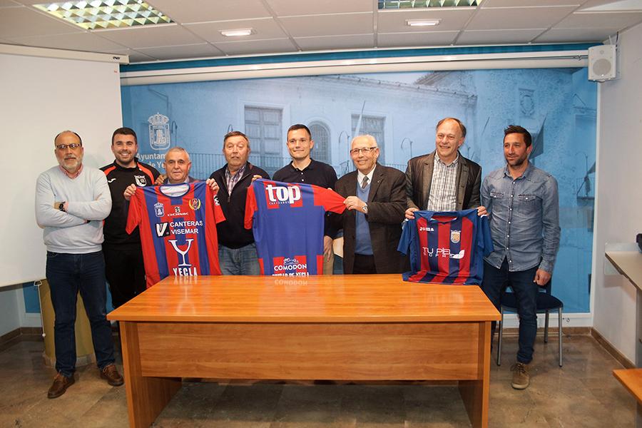 Acuerdo colaboracion Yeclano Deportivo