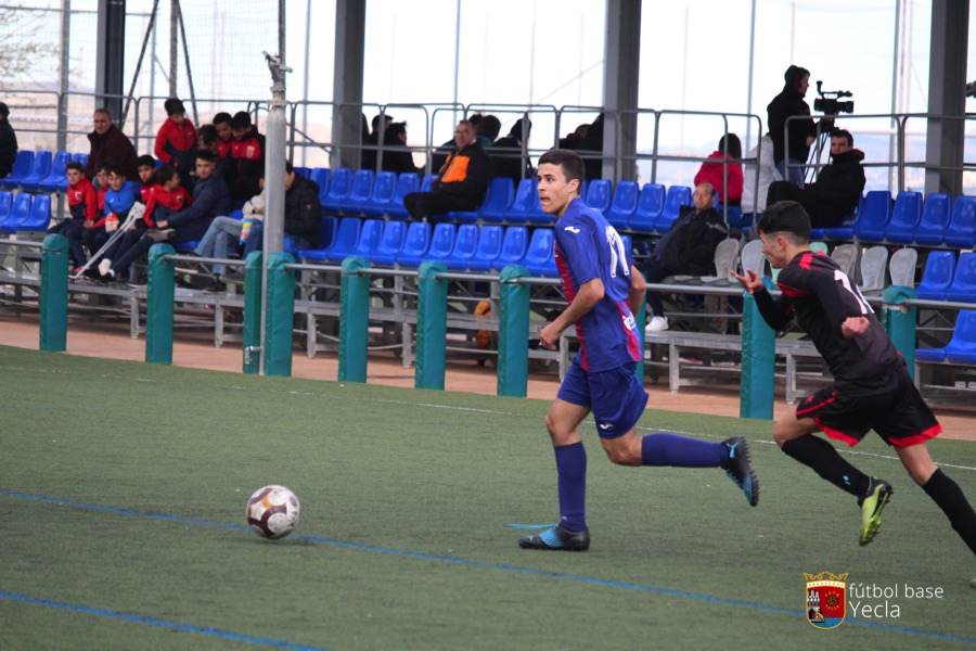 Juvenil B - Blanca CF 10
