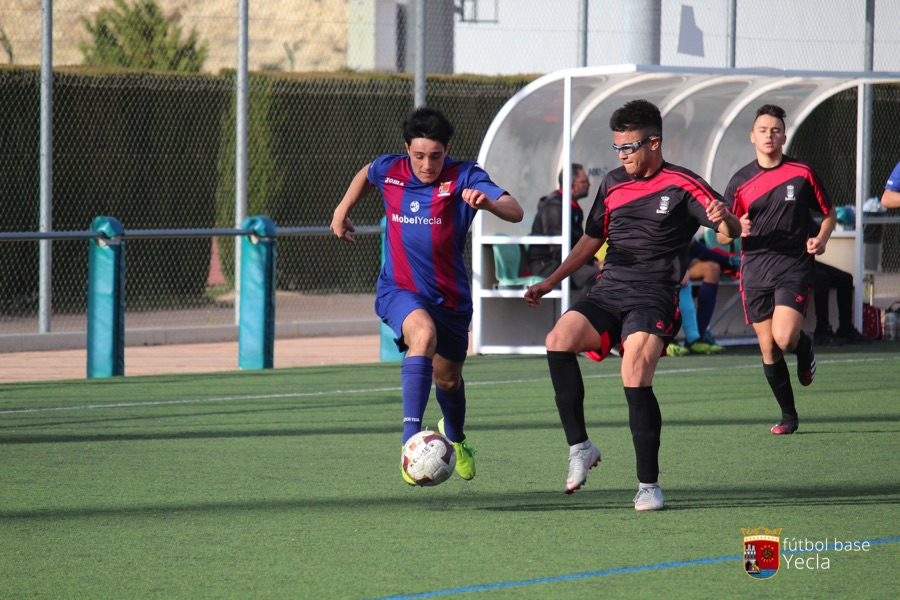 Juvenil B - Blanca CF 14